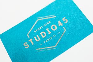 design logo logotype carte de visite papier de création identité visuelle hirundi studio agence de graphiste paris studio 45